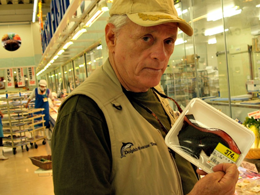 "Ric O'Barry with dolphin meat for sale, but labeled as ""Whale"" meat, in Japanese Supermarket"